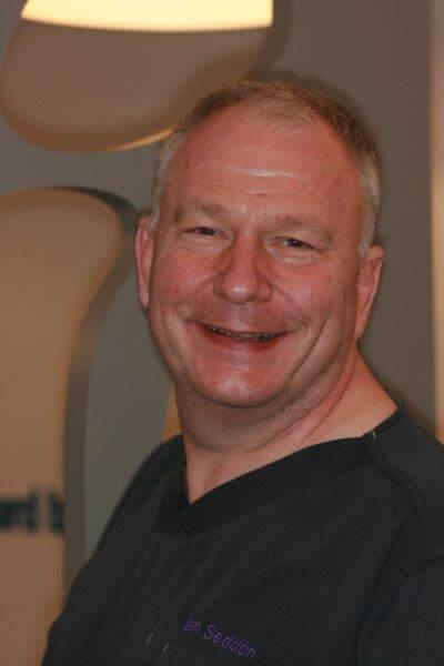 Dr Ian Seddon